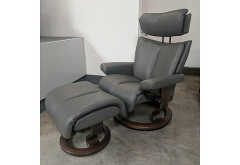Magic (M) Recliner & Ottoman (Stressless by Ekornes) Paloma / Metal Grey