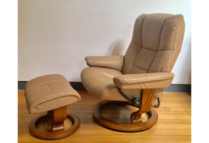 Mayfair Large Recliner & Ottoman (Stressless by Ekornes) Paloma / Sand