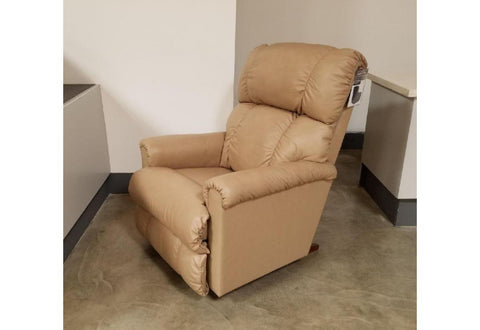 Pinnacle Reclina Rocker Recliner (La-Z-Boy) Nappanee / Sand