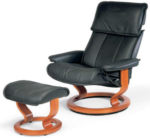 Admiral Medium Leg Comfort Recliner & Ottoman (Stressless by Ekornes)