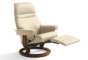 Sunrise Medium LegComfort Recliner (Stressless by Ekornes)