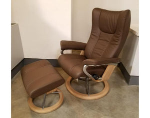 Wing Medium Signature Recliner & Ottoman (Stressless by Ekornes) Paloma / Chestnut