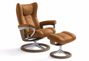Wing Medium Leg Comfort Recliner & Ottoman (Stressless by Ekornes)