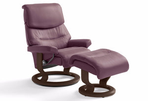 Capri Large Classic Recliner & Ottoman (Stressless by Ekornes)