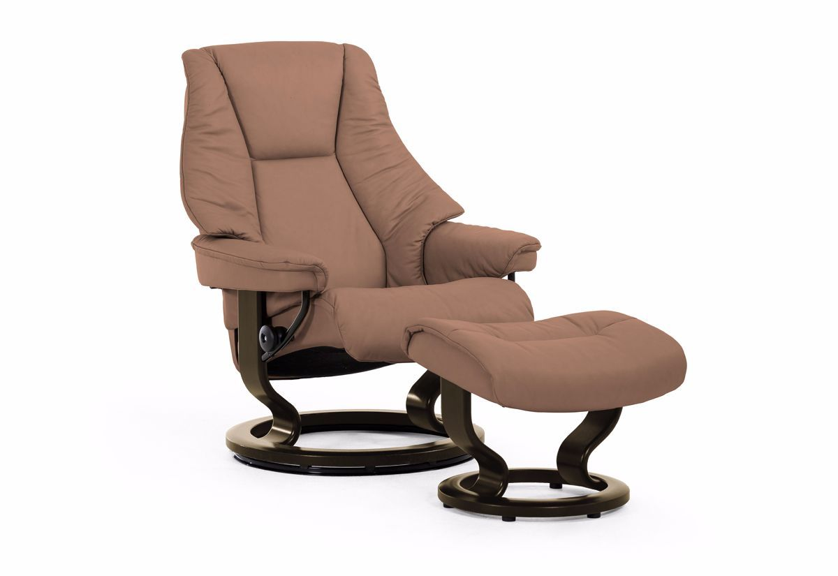 Live Large Classic Recliner & Ottoman (Stressless by Ekornes)