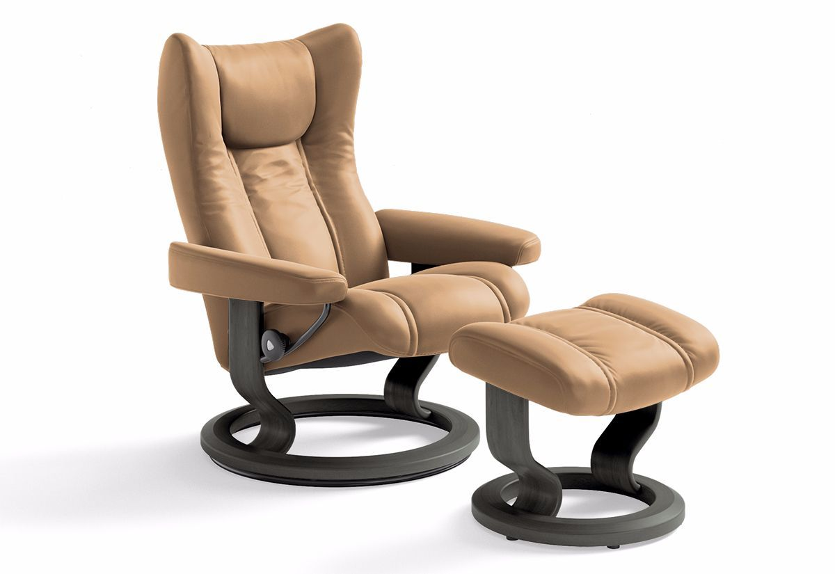 Wing Medium Classic Recliner & Ottoman (Stressless by Ekornes)