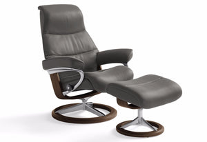 View Medium Signature Recliner & Ottoman (Stressless by Ekornes)