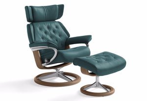 Skyline Medium Signature Recliner & Ottoman (Stressless by Ekornes)