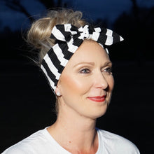 Load image into Gallery viewer, Black and White Stripe Headwrap