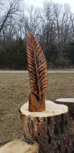 Load image into Gallery viewer, Chainsaw carving oak feather. carved eagle feather, custom wood  carving Chainsaw carving art. Free shipping