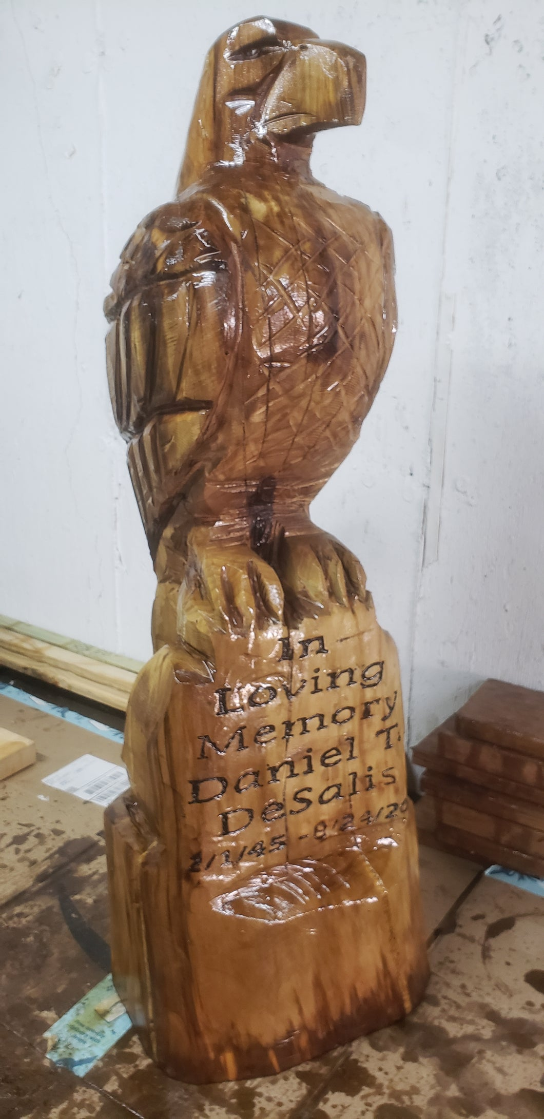Chainsaw carving Eagle, 3 foot Eagle Wood Carving Chainsaw memorial statue, standing eagle,