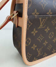 Load image into Gallery viewer, Louis Vuitton sologne monogram