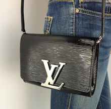 Load image into Gallery viewer, Louis Vuitton Louise epi electric