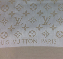 Load image into Gallery viewer, Louis Vuitton shine shawl white/gold