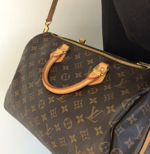 Load image into Gallery viewer, Louis Vuitton speedy 35 bandouliere