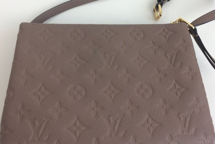265d6520b7e5 Louis Vuitton pochette twinset twice – Lady Clara s Collection