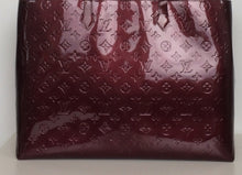 Load image into Gallery viewer, Louis Vuitton Vernis Wilshire GM