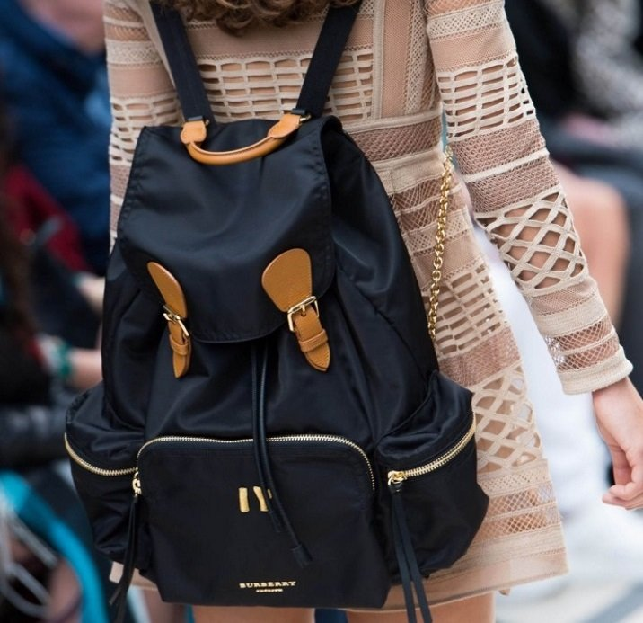 d4d86ccb3fc9 Load image into Gallery viewer, Burberry large rucksack in technical nylon  and leather ...
