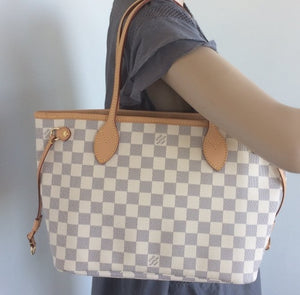 Louis Vuitton Neverfull PM with pochette
