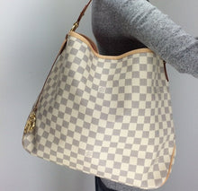 Load image into Gallery viewer, Louis Vuitton delightful MM azur