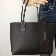 Load image into Gallery viewer, Gucci reversible small tote