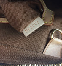 Load image into Gallery viewer, Louis Vuitton monogram soft briefcase