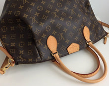 Load image into Gallery viewer, Louis Vuitton turenne GM