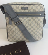 Load image into Gallery viewer, Gucci supreme unisex messenger