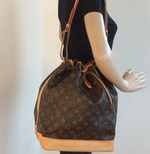 Load image into Gallery viewer, Louis Vuitton Noe  GM