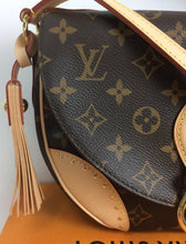 Load image into Gallery viewer, Louis Vuitton st cloud monogram