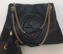 Load image into Gallery viewer, Gucci large soho textured chain  hobo