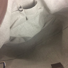 Load image into Gallery viewer, Gucci GG large bree large tote bag