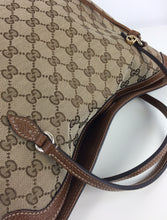 Load image into Gallery viewer, Gucci GG classic bree convertible bag