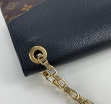 Load image into Gallery viewer, Louis Vuitton pallas chain