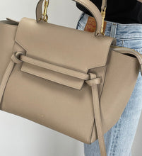 Load image into Gallery viewer, Louis Vuitton monogram soft pegase briefcase