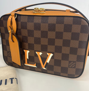 Louis Vuitton Santa Monica in safran