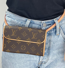 Load image into Gallery viewer, Louis Vuitton lumineuse pm empreinte monogram