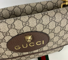 Load image into Gallery viewer, Gucci GG supreme web neo vintage messenger