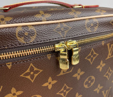 Load image into Gallery viewer, Louis Vuitton nice BB
