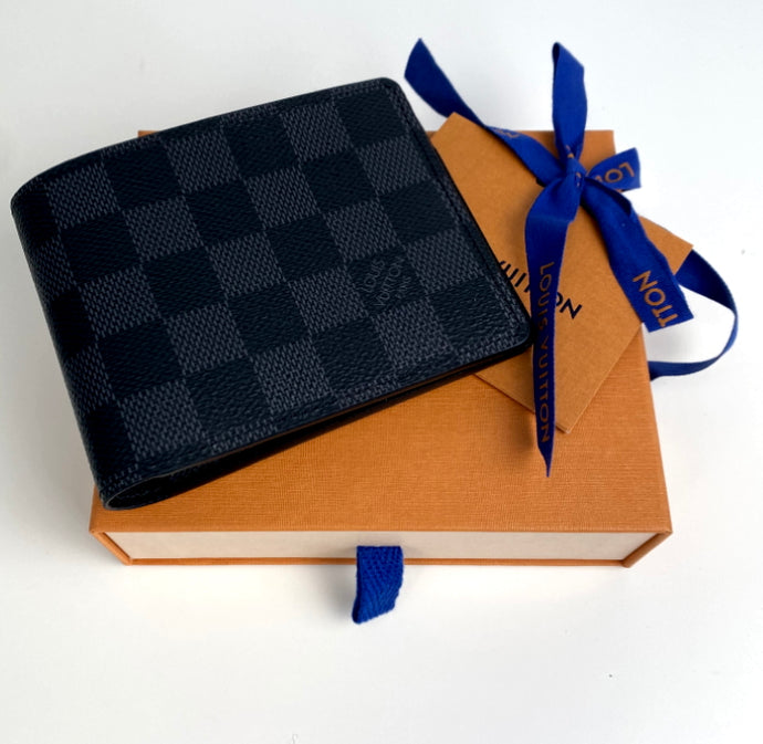 Louis Vuitton mens multiple wallet
