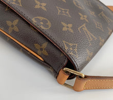Load image into Gallery viewer, Louis Vuitton robe pouch Christopher Nemeth