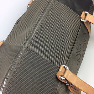 Louis Vuitton attaquant weekend or sports bag