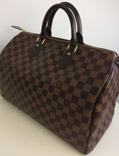 Load image into Gallery viewer, Louis Vuitton speedy 35 damier
