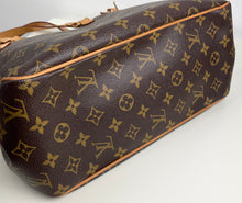 Load image into Gallery viewer, Louis Vuitton batignolles vertical