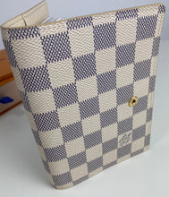 Load image into Gallery viewer, Louis Vuitton small ring agenda cover