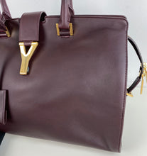 Load image into Gallery viewer, Saint Laurent Cabas Chyc medium leather shopper