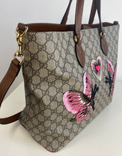 Load image into Gallery viewer, Gucci Limited Edition Soft GG Supreme Tote