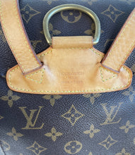 Load image into Gallery viewer, Louis Vuitton montsouris MM