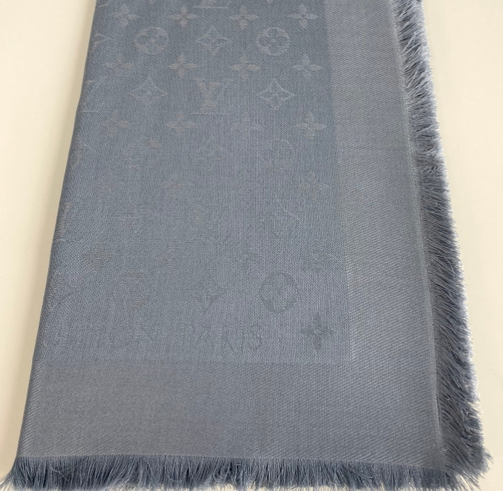 Louis Vuitton monogram shawl in anthracite