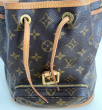 Load image into Gallery viewer, Louis Vuitton Montsouris MM backpack